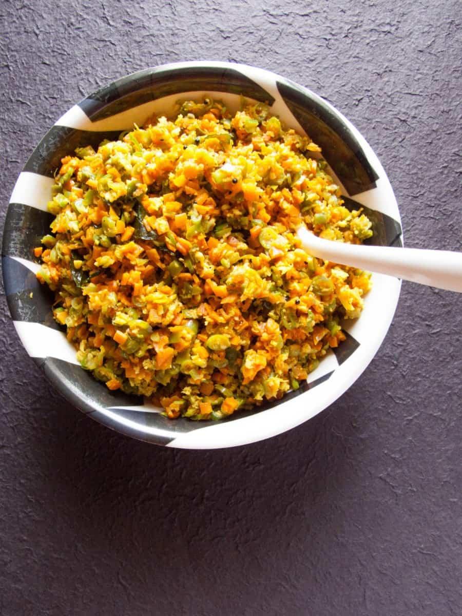 carrot beans thoran